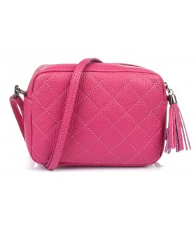 Różowa torebka damska listonoszka skórzana pikowana frędzel C75